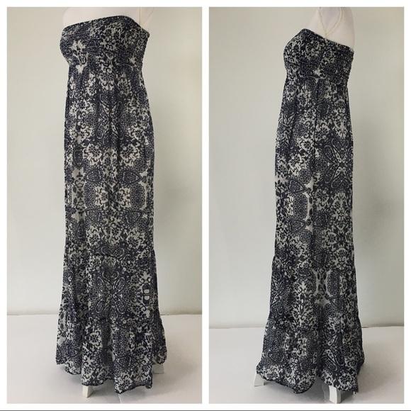 a1009afc94 Guess Dresses   Skirts - Guess silk maxi dress strapless blue white print M